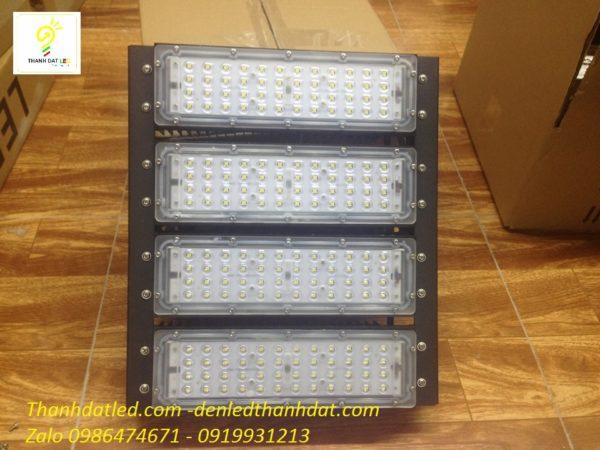 Đèn pha 200w module sân tennis sân bóng