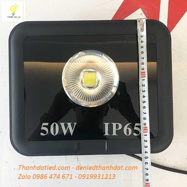 đèn pha 50w ngoài trời IP65