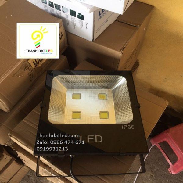 đèn pha led IP66