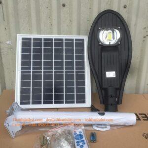Đèn năng lượng mặt trời 50w lá TD04